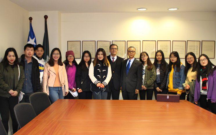 embajador chino visita santo tomas