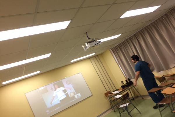 Internos de kinesiología UST apoyarán con telerehabilitación a usuarios de Clínica Kinésica en Los Ángeles