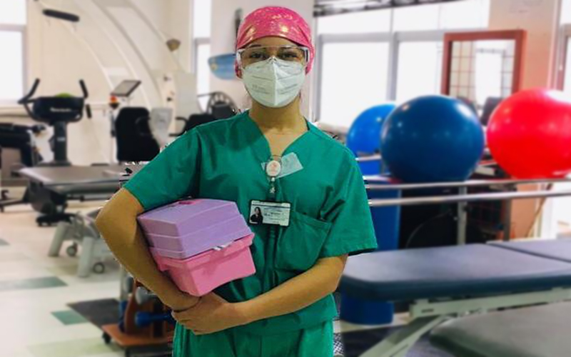 Egresada de Fonoaudiología y su labor en Hospital Dr. G ...