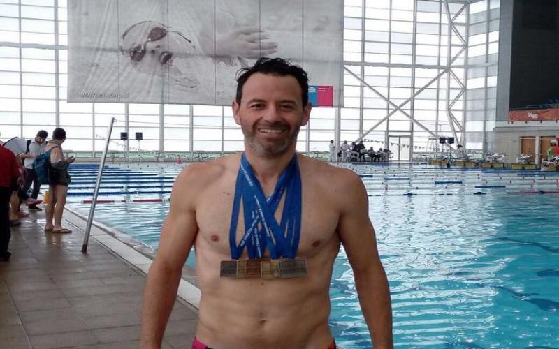 Destacado triatleta local encabeza campaña que solicita una piscina temperada para la comunidad angelina