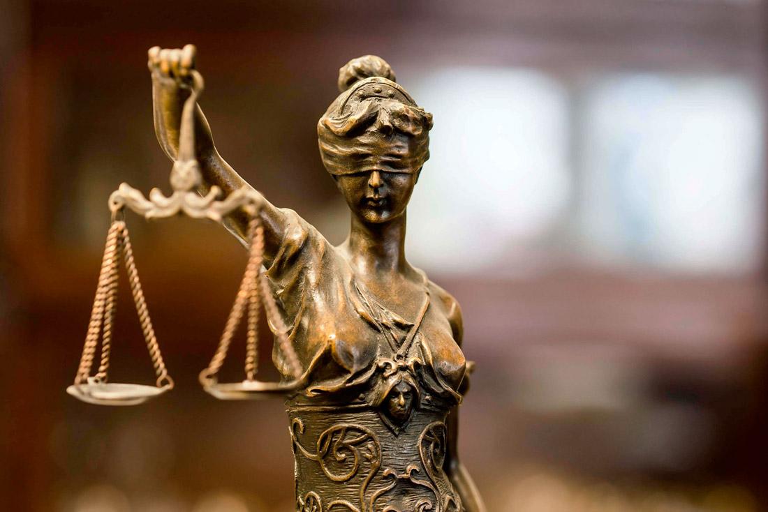 Académicos de la Escuela de Derecho UST participan en proyecto que busca reparación a víctimas de violencia en atentados
