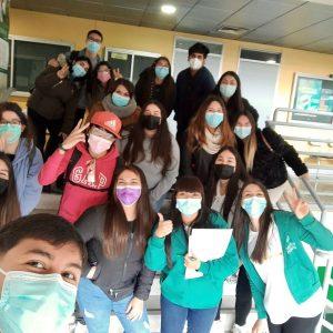 Estudiantes volvieron a clases presenciales en UST Santiago