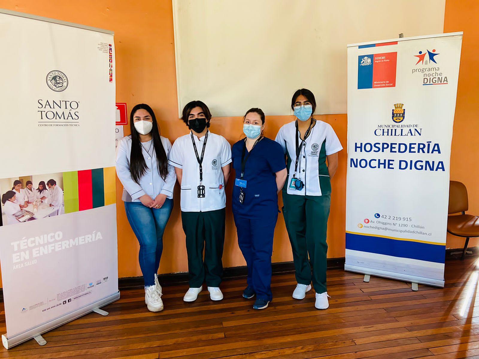 Estudiantes de Tens realizan operativo de salud en hospedería de Chillán