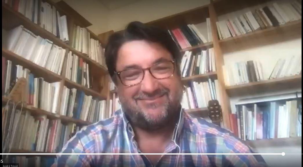 Dr. André Tricot, especialista en innovación educativa, brindó masiva conferencia online