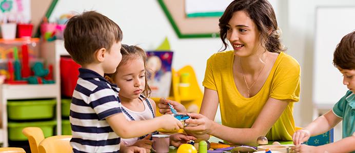 Diplomado en Espacios educativos para la primera infancia desde las propuestas pedagógicas de Montessori y Reggio Emilia